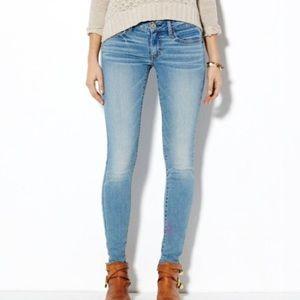 American Eagle Blue Light Wash Jeggings Jeans 0